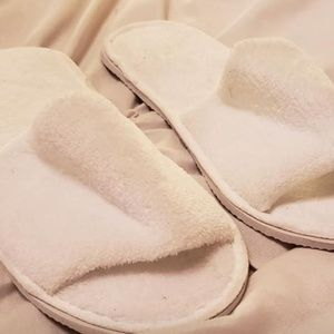 Shoes - Spa Slippers - One Size